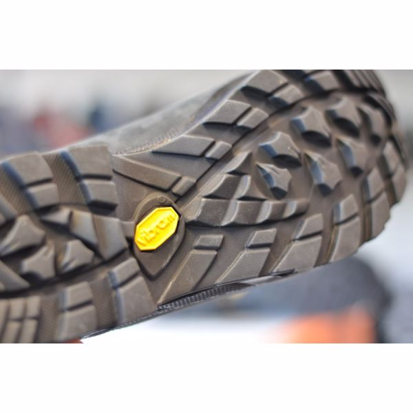 LOWA CAMINO GTX Black Orange  8fb149e053
